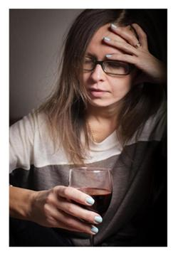 6 Reasons to Think before You Drink (Especially if Your Hormones are Wacky)